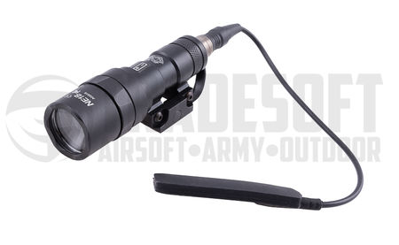 Night Evolution M300B Mini Scout taktinen LED-valaisin, musta